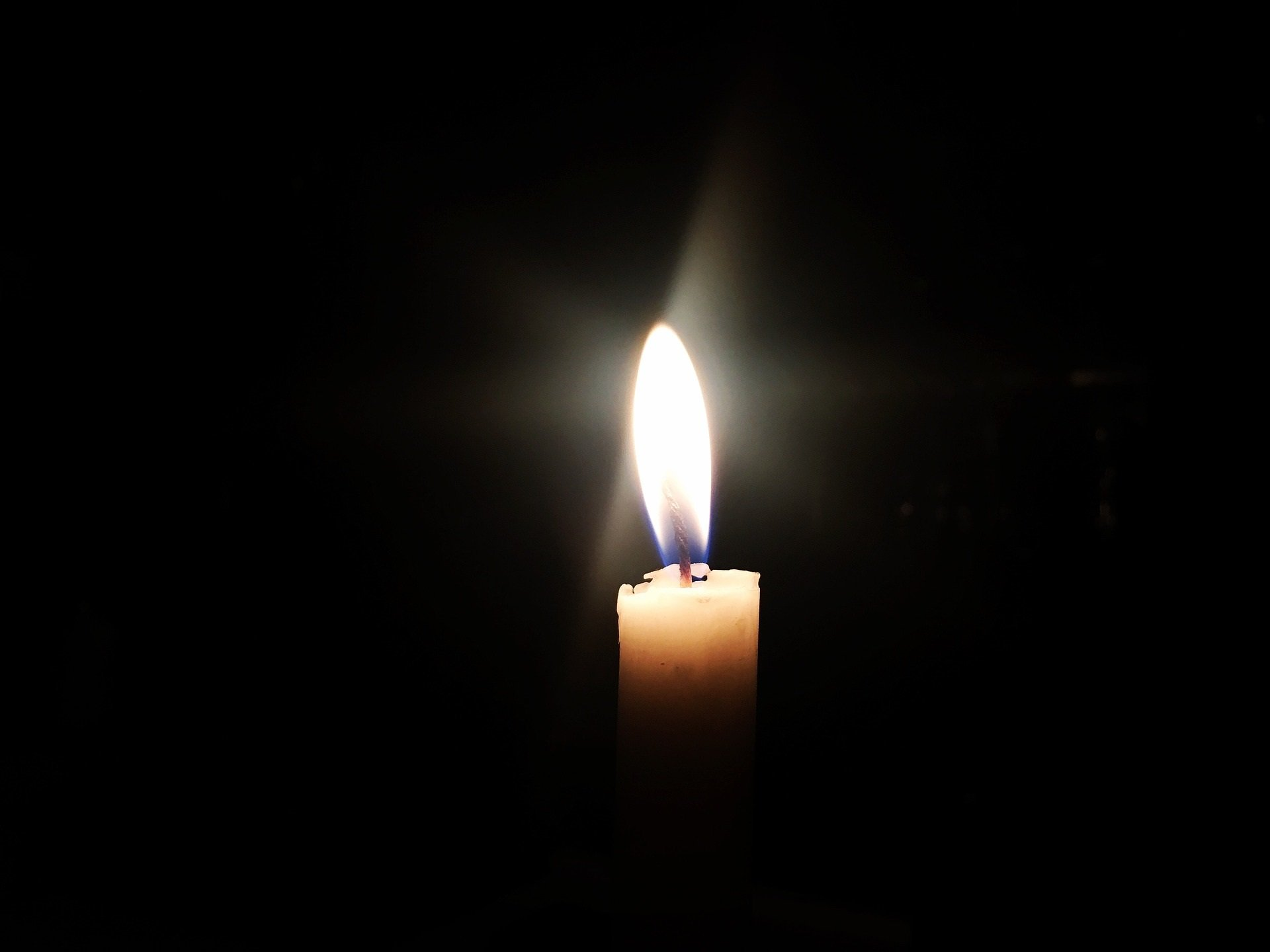 candle-2369514_1920